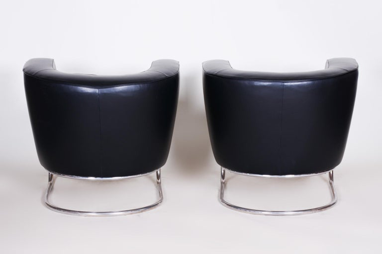 Pair of Black Art Deco Armchairs from Czechoslovakia by Jindrich Halabala, 1930s For Sale 6