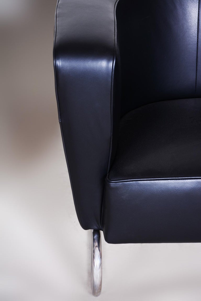 Pair of Black Art Deco Armchairs from Czechoslovakia by Jindrich Halabala, 1930s For Sale 9