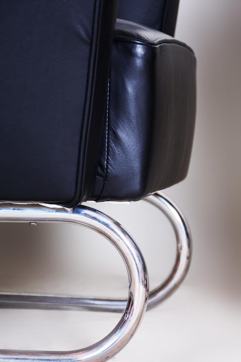 Pair of Black Art Deco Armchairs from Czechoslovakia by Jindrich Halabala, 1930s For Sale 10