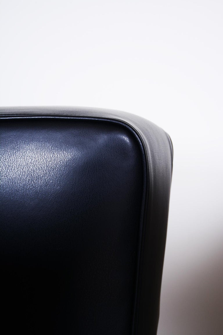 Pair of Black Art Deco Armchairs from Czechoslovakia by Jindrich Halabala, 1930s For Sale 11