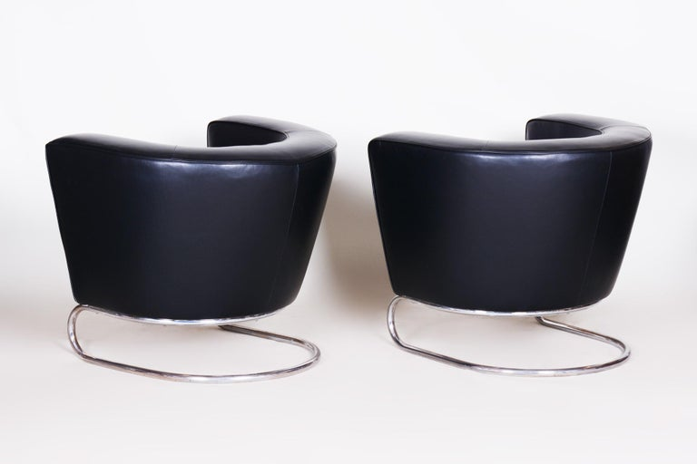 Pair of Black Art Deco Armchairs from Czechoslovakia by Jindrich Halabala, 1930s For Sale 3