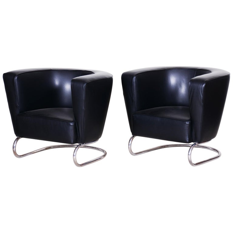 Pair of Black Art Deco Armchairs from Czechoslovakia by Jindrich Halabala, 1930s For Sale