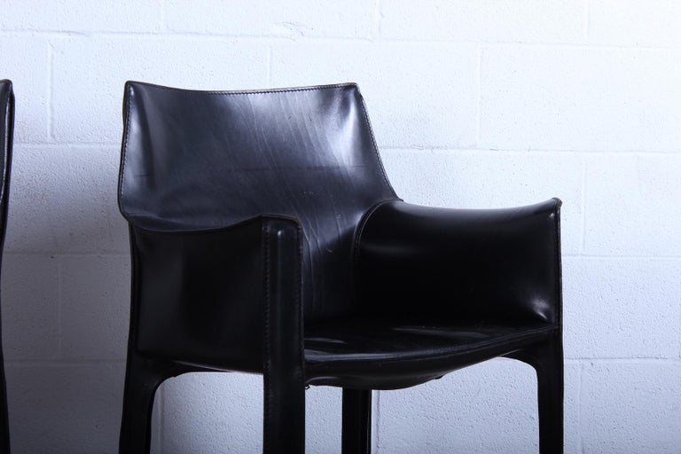 Pair of Black Cab Armchairs by Mario Bellini for Cassina In Good Condition For Sale In Dallas, TX