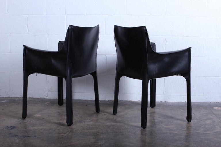 Late 20th Century Pair of Black Cab Armchairs by Mario Bellini for Cassina For Sale