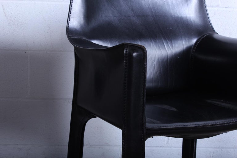 Leather Pair of Black Cab Armchairs by Mario Bellini for Cassina For Sale