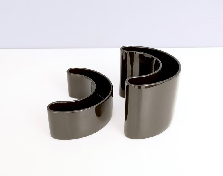 Late 20th Century Pair of Black Ceramic Pieces by Pino Spagnolo for Sicart, Italy, 1970s For Sale
