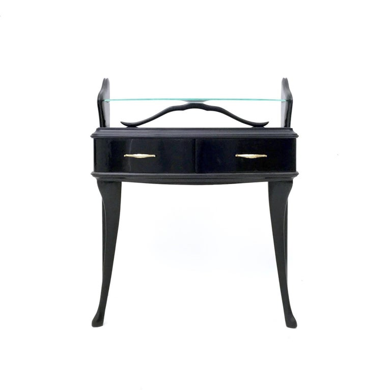 Italian Pair of Black Lacquered Wood Nightstands with Glass Tops, Italy, 1950s For Sale