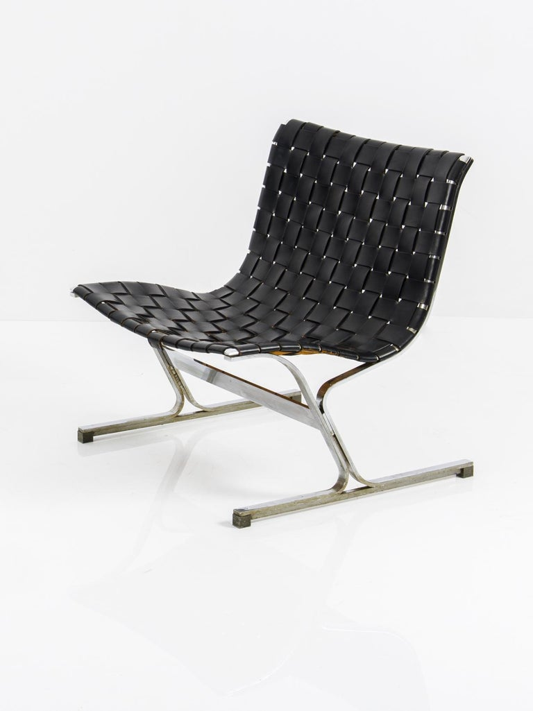 Mid-Century Modern Pair of Black Leathear Lounge Chairs Designed by Ross Littel For Sale
