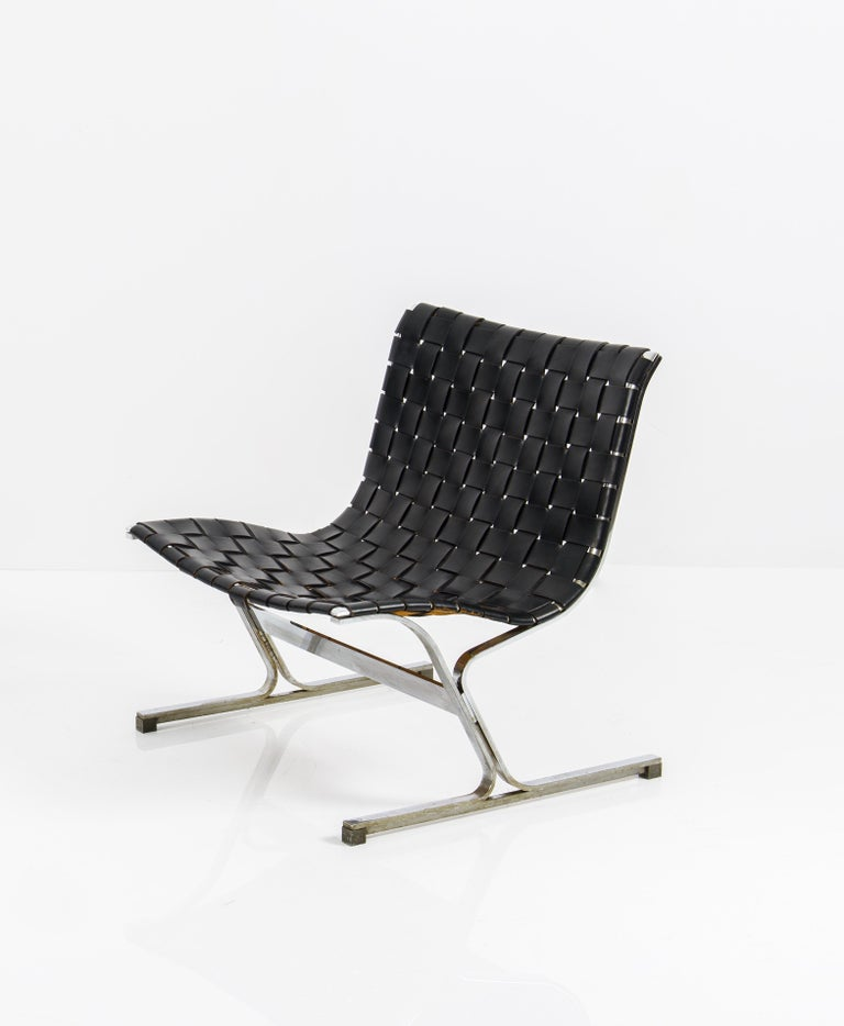 Mid-20th Century Pair of Black Leathear Lounge Chairs Designed by Ross Littel For Sale