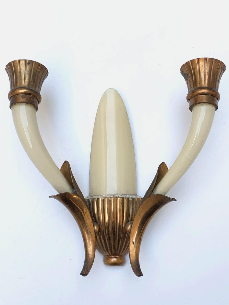Pair of Blown Ivory White Murano Glass and Coppered Brass Italian Sconces, 1940s For Sale 6