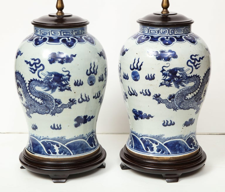 Pair of Blue and White Chinese Export Lamps For Sale 5