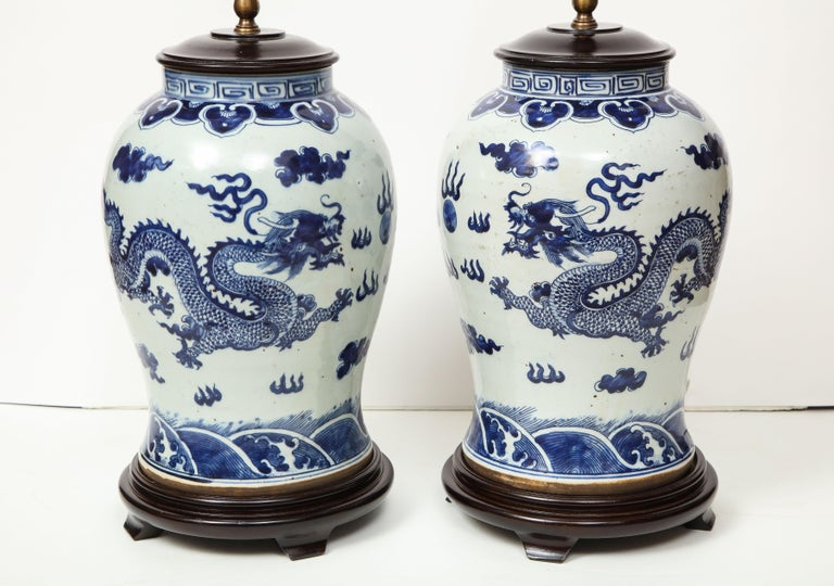 Pair of Blue and White Chinese Export Lamps For Sale 6