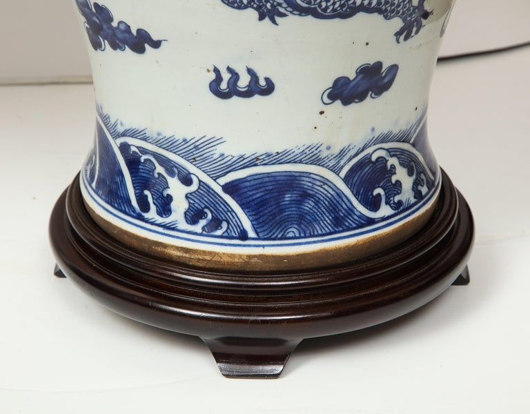 20th Century Pair of Blue and White Chinese Export Lamps For Sale