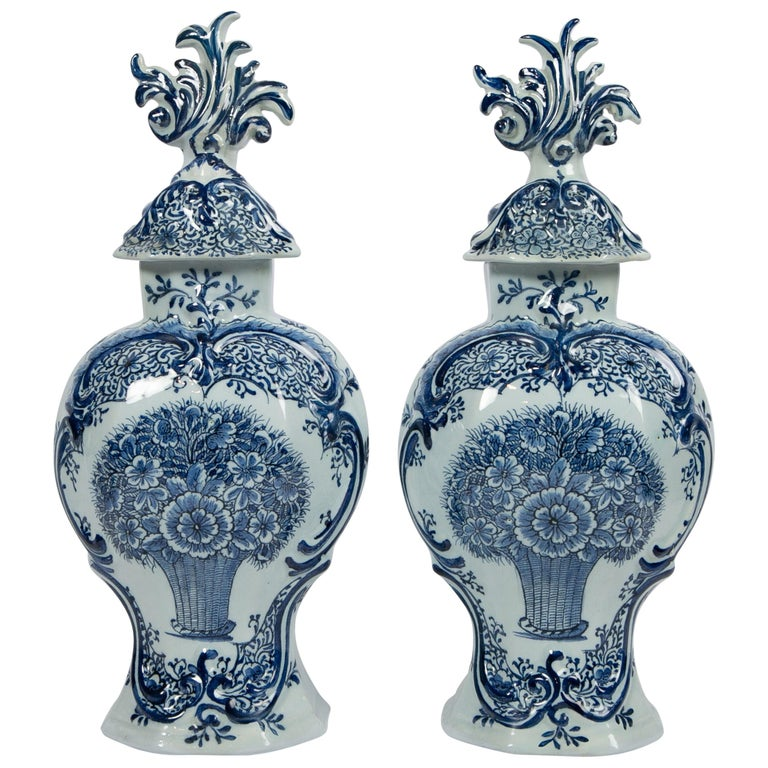 Pair of Blue and White Dutch Delft Mantle Jars Made, Netherlands, circa 1820 For Sale