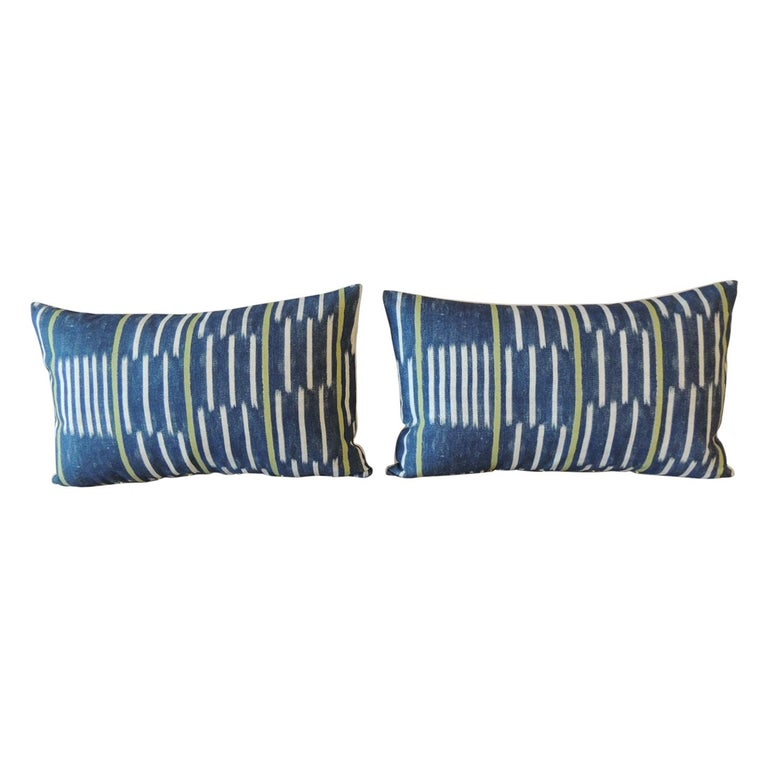 Pair of Blue and White Ikat Style Modern Lumbar Decorative Pillows For Sale