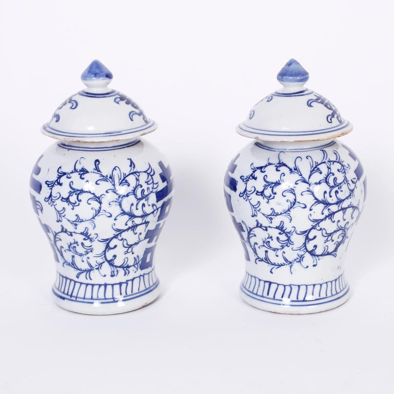 Chinese Pair of Blue and White Porcelain Double Happiness Jars For Sale