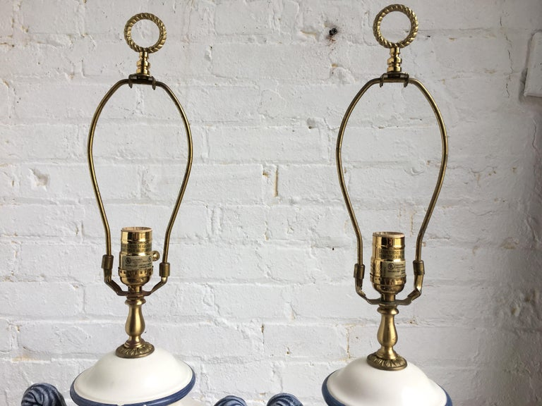 Hollywood Regency Style Blue and White Porcelain Glazed Urn Lamps For Sale 1