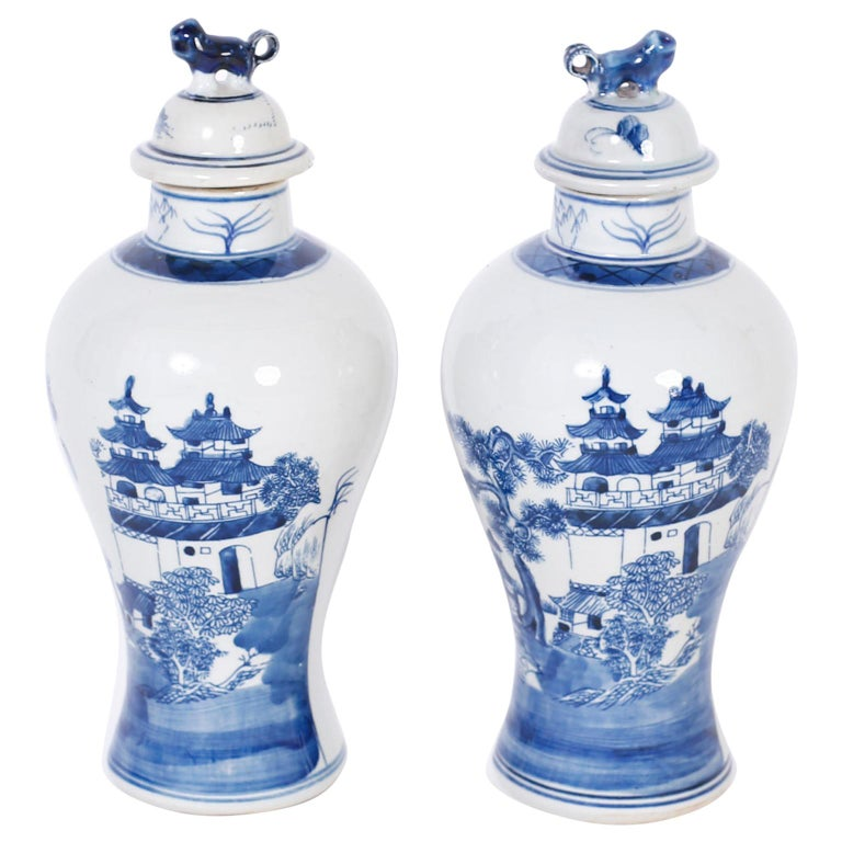 Pair of Blue and White Porcelain Lidded Jars For Sale