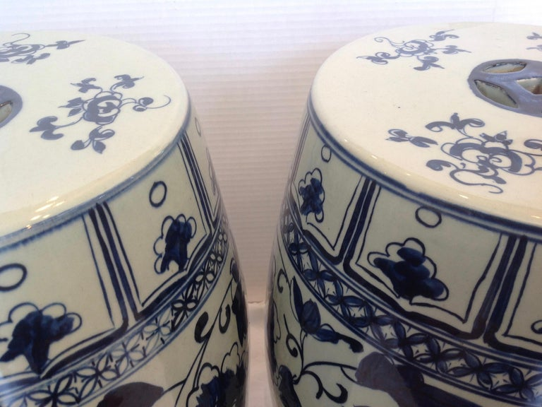 Late 20th Century Pair of Blue and White Terra Cotta Garden Seats For Sale