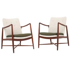 Pair of BO 59 Fireplace Chairs by Finn Juhl