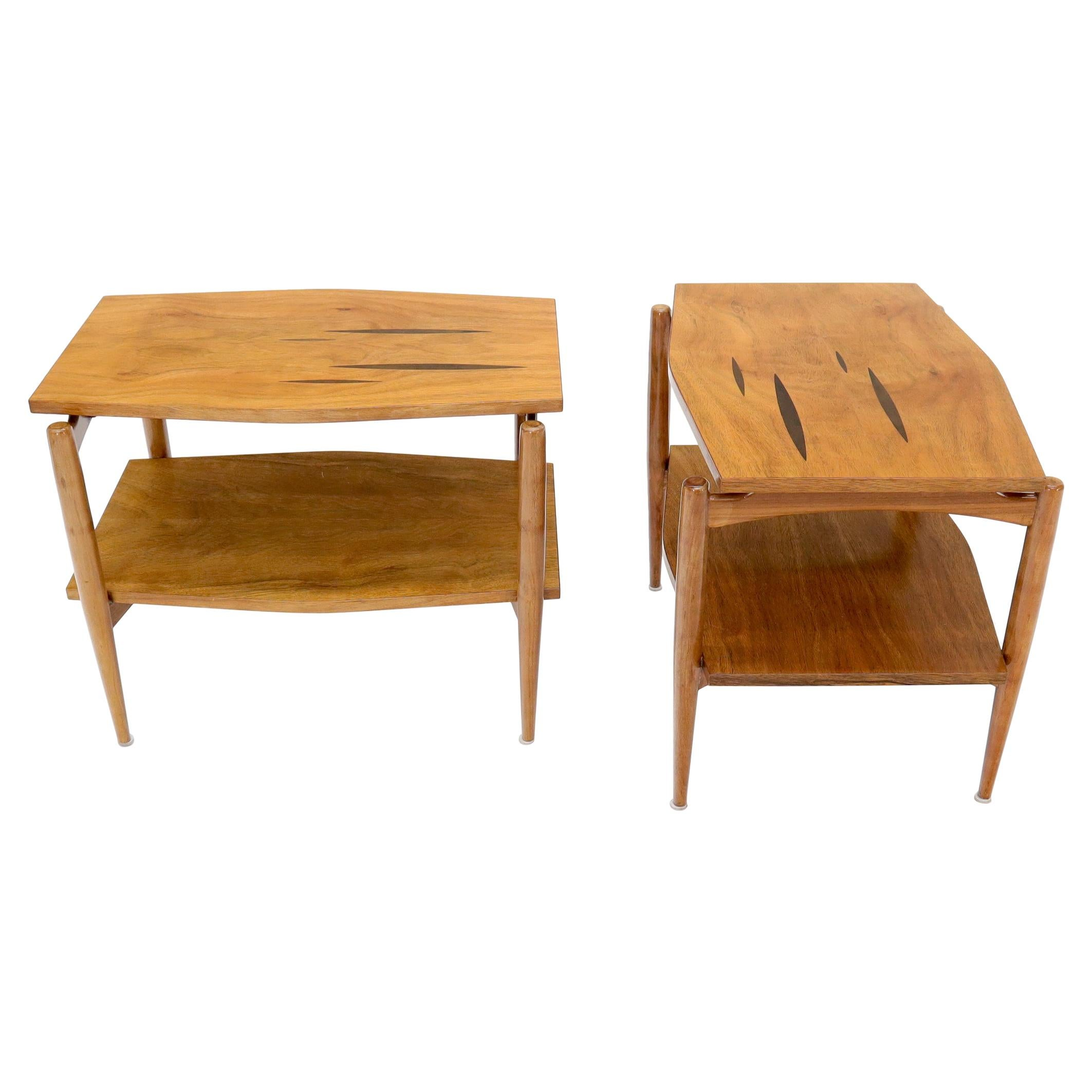 Pair of Boat Shape Exposed Sculpted Legs End Side Table