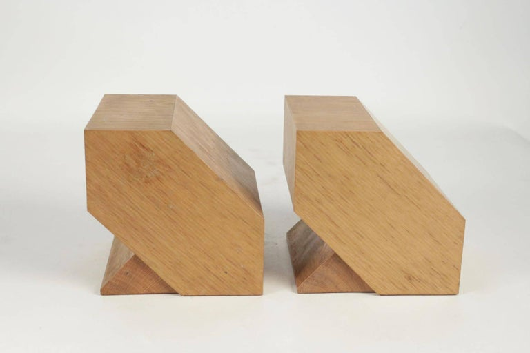 Pair of Bookends in Light Oak, circa 1960, Midcentury, Vintage Design In Excellent Condition For Sale In Saint-Ouen, FR