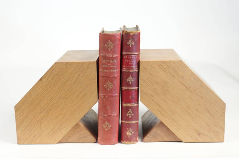 Mid-20th Century Pair of Bookends in Light Oak, circa 1960, Midcentury, Vintage Design For Sale