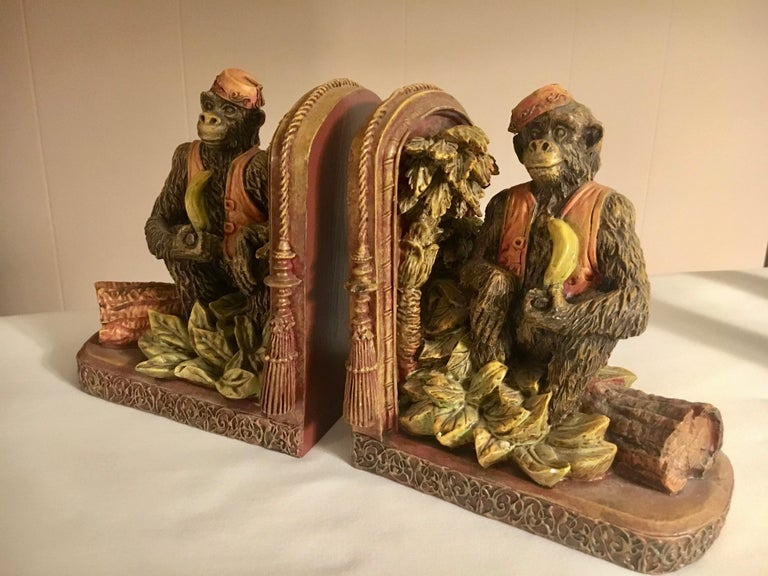 Pair of Bookends with Monkeys In Good Condition For Sale In Los Angeles, CA