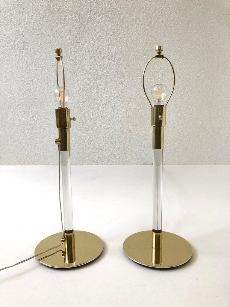 Polished Pair of Brass and Glass Table Lamp by Hansen Lamps For Sale