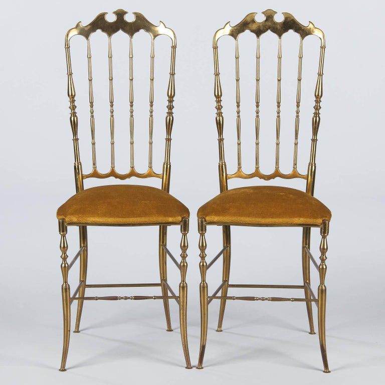 Mid-Century Modern Pair of Brass Chiavari Chairs, Italy, 1960s For Sale