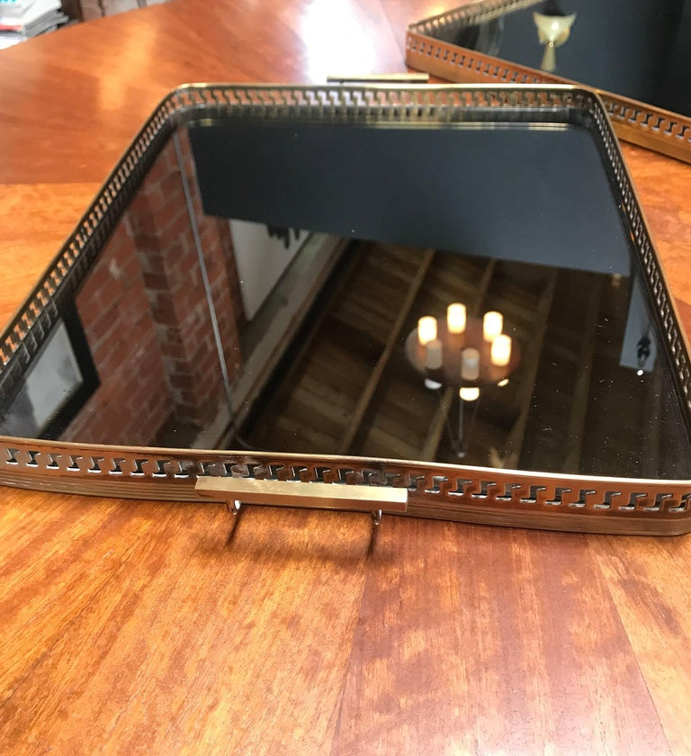 Pair of Brass Italian Tray with Smoke Glass Top, 1960s For Sale 4