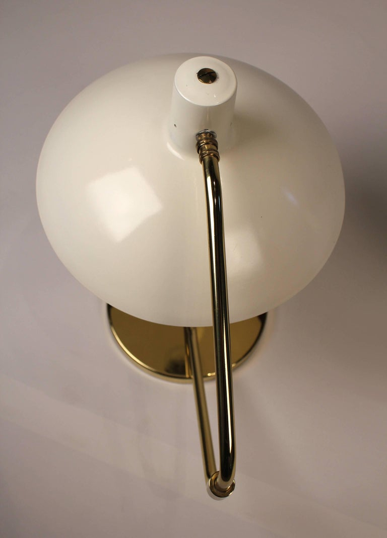 Pair of Brass Pivoting Table Lamps designed by Clay Michie for Knoll In Good Condition For Sale In Dallas, TX