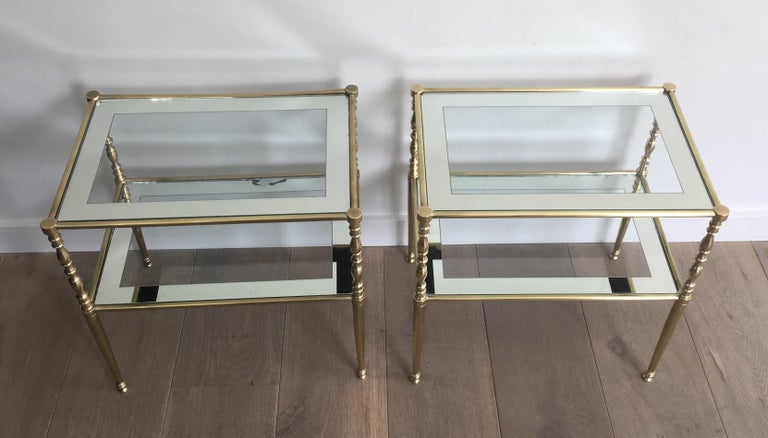 Mid-Century Modern Pair of Brass Side Tables with Clear Glass Shelves Surrounded by Silvered Mirror For Sale