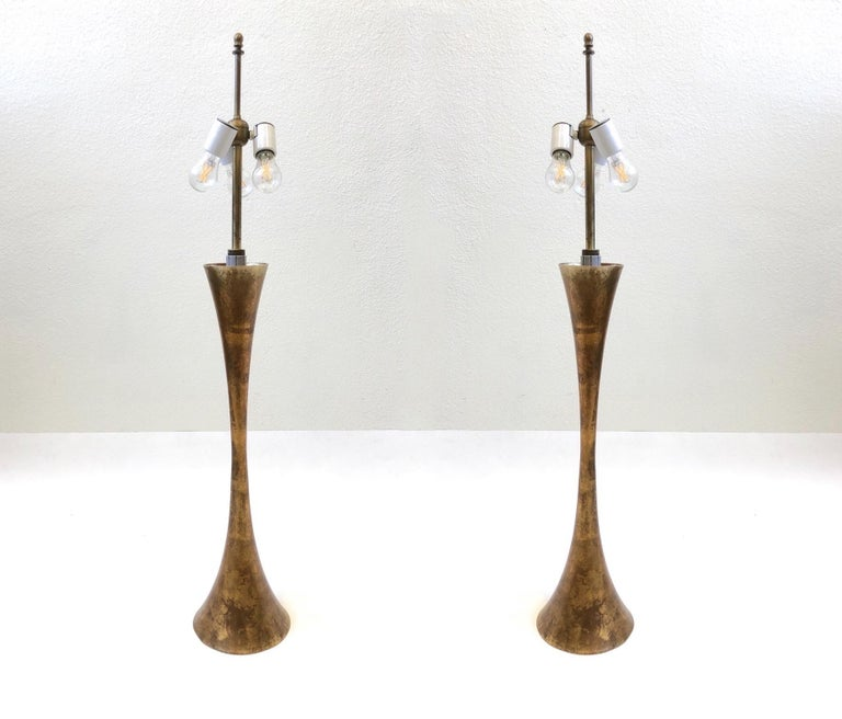 Mid-Century Modern Pair of Brass Table Lamps by Stewart Ross James For Sale