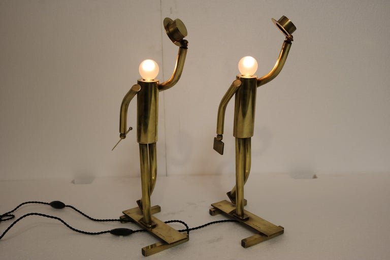Mid-Century Modern Pair of Brass Top Hat Figurine Lamps For Sale