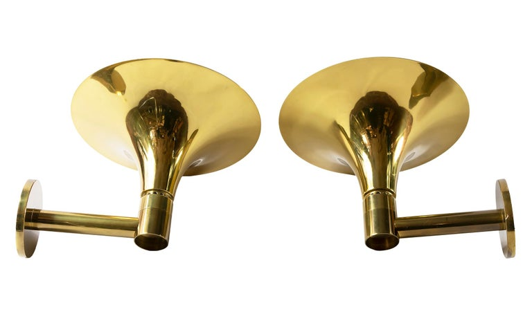 Italian Pair of Brass Wall Light Sconces For Sale
