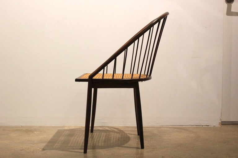 Pair of Brazilian Modern Cane Curva Chairs by Joaquim Tenreiro In Good Condition For Sale In Houston, TX