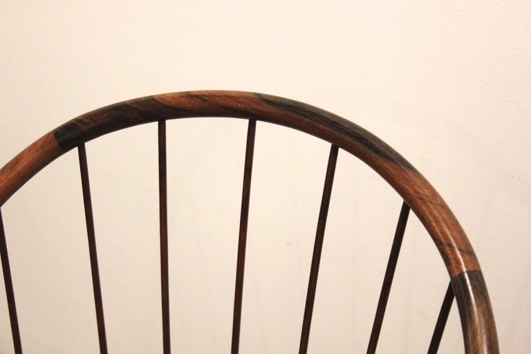 Pair of Brazilian Modern Cane Curva Chairs by Joaquim Tenreiro For Sale 1