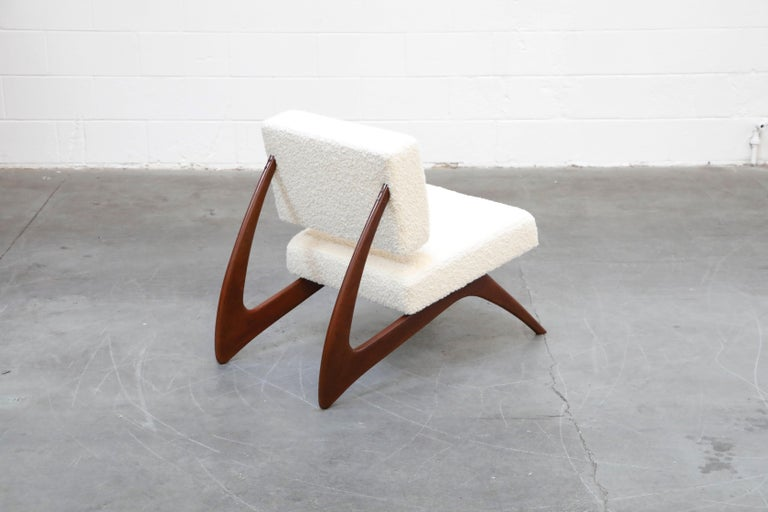 Pair of Brazilian Modern Sculptural Lounge Chairs in Alpaca Bouclé, 1960s For Sale 5