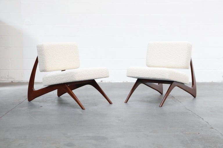 Pair of Brazilian Modern Sculptural Lounge Chairs in Alpaca Bouclé, 1960s In Excellent Condition For Sale In Los Angeles, CA