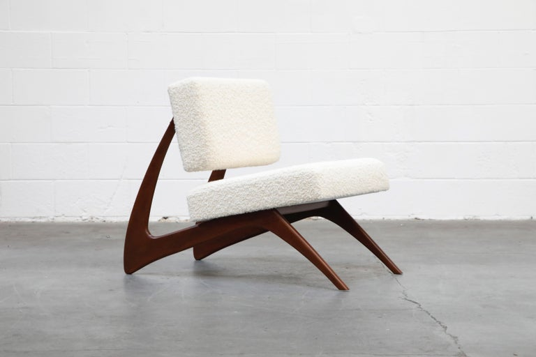 Pair of Brazilian Modern Sculptural Lounge Chairs in Alpaca Bouclé, 1960s For Sale 1