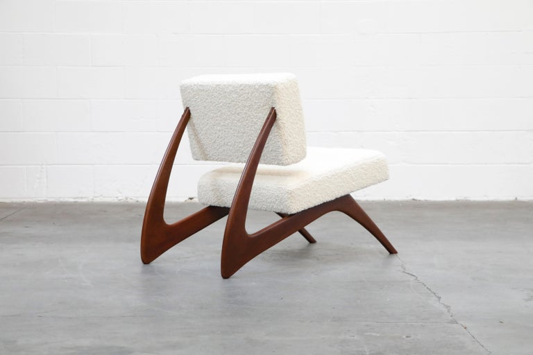 Pair of Brazilian Modern Sculptural Lounge Chairs in Alpaca Bouclé, 1960s For Sale 4