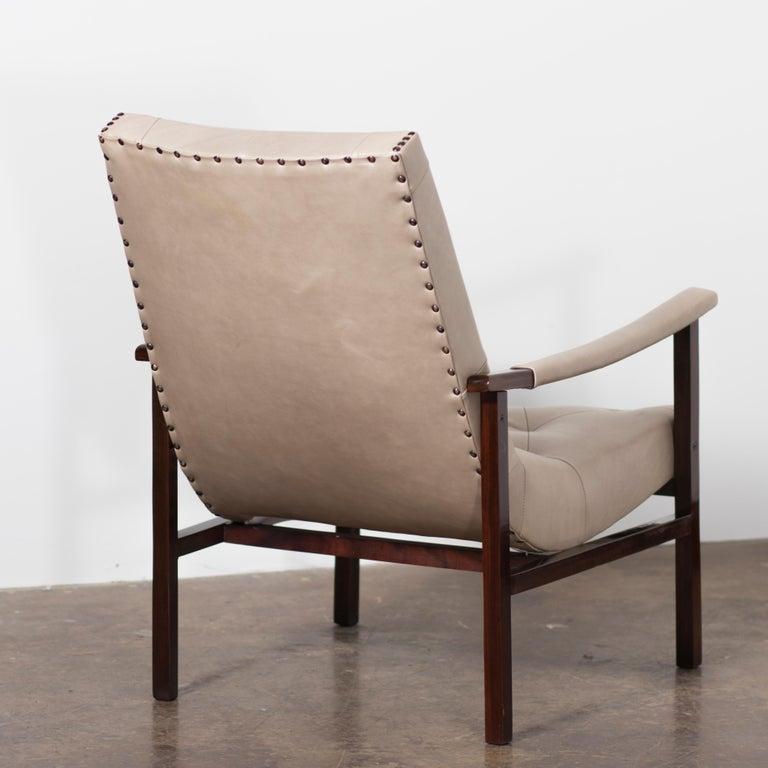 Pair of Modern Brazilian Rosewood Armchairs by Gelli, circa the 1950s For Sale 6