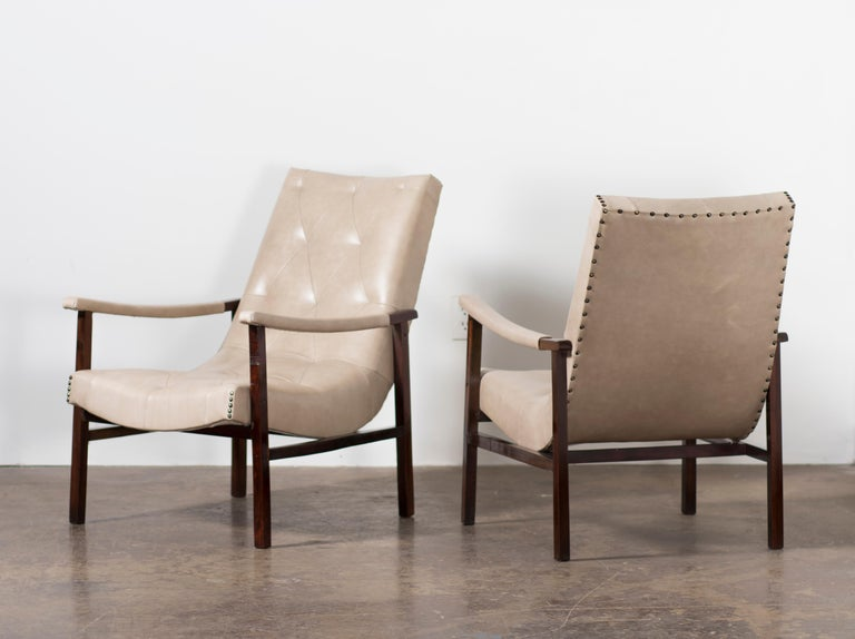 Pair of Modern Brazilian Rosewood Armchairs by Gelli, circa the 1950s For Sale 8