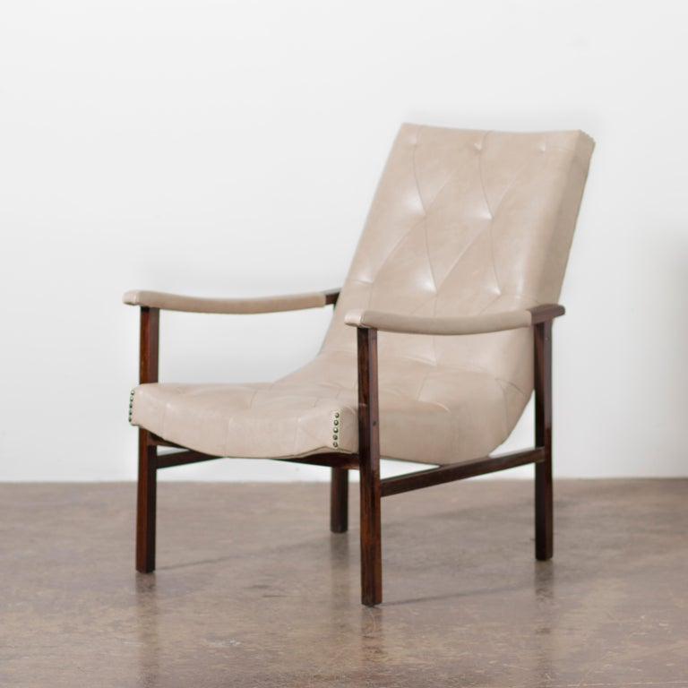 Pair of Modern Brazilian Rosewood Armchairs by Gelli, circa the 1950s For Sale 2