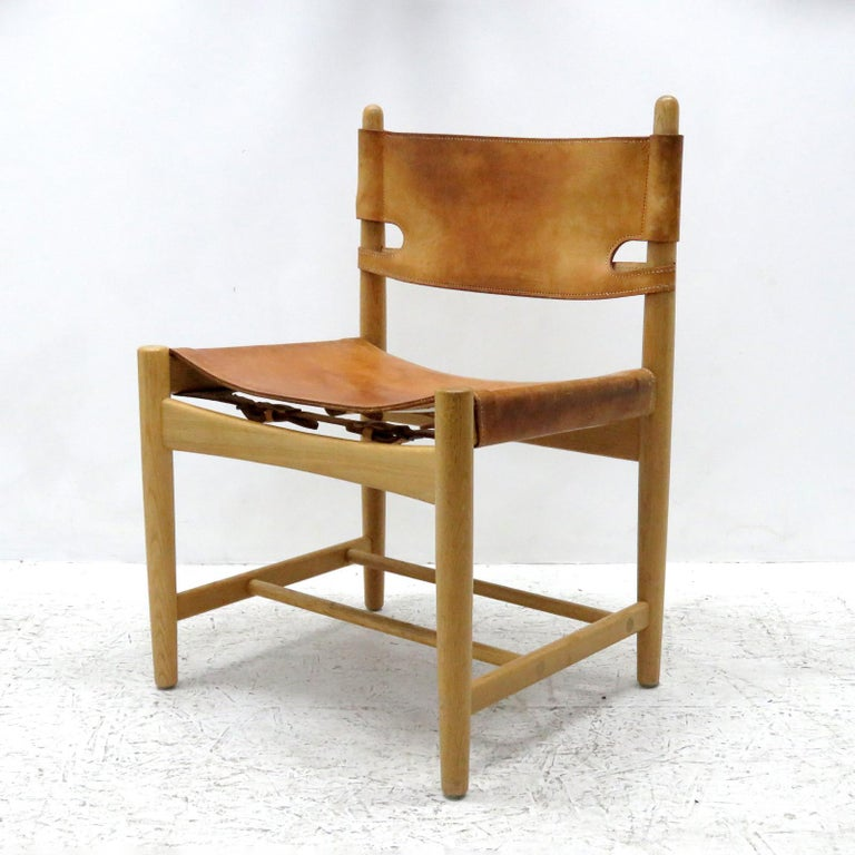 Scandinavian Modern Pair of Børge Mogensen 'Hunting' Chairs, Model 3237 For Sale