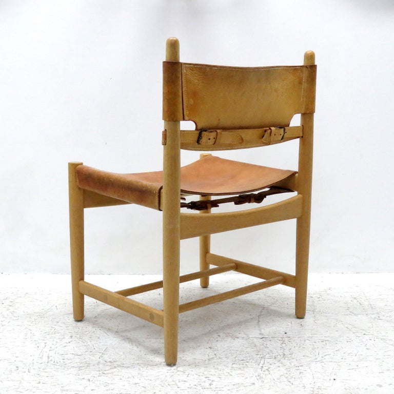Pair of Børge Mogensen 'Hunting' Chairs, Model 3237 In Good Condition For Sale In Los Angeles, CA