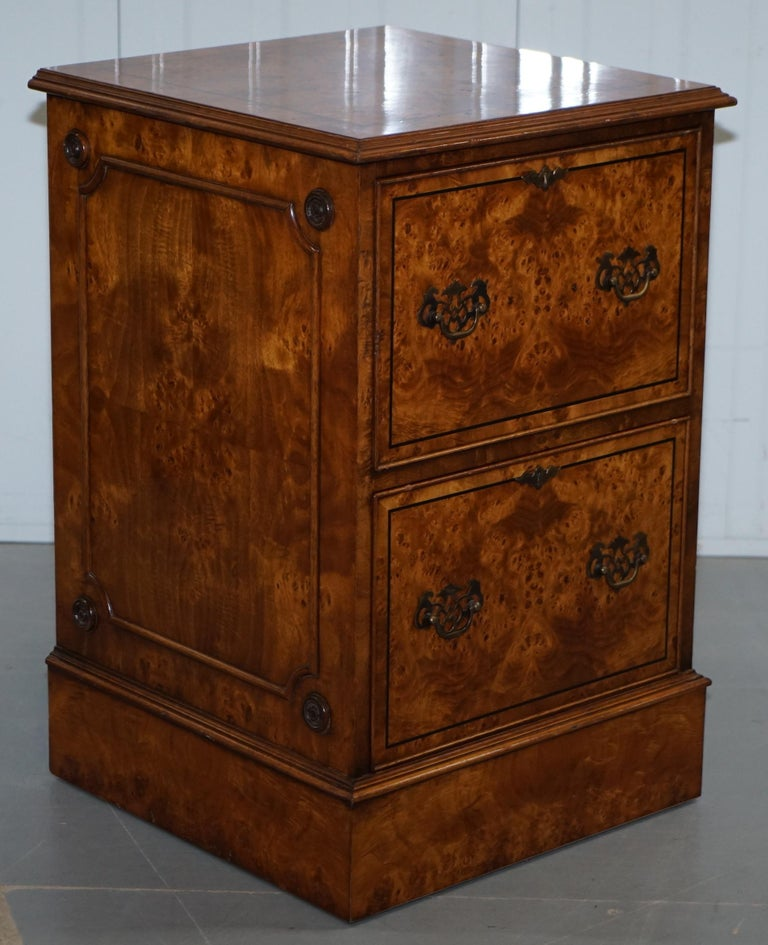 Pair of Brights of Nettlebed Burr Walnut Office Filing Cabinets Desk For Sale 5