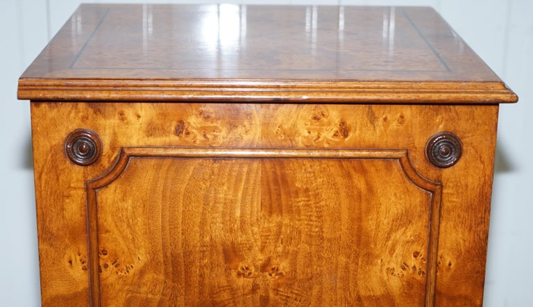 Pair of Brights of Nettlebed Burr Walnut Office Filing Cabinets Desk For Sale 10