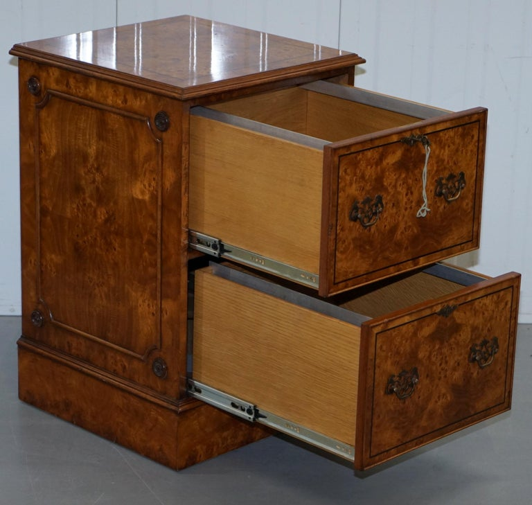 Pair of Brights of Nettlebed Burr Walnut Office Filing Cabinets Desk For Sale 12